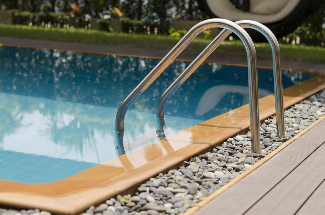 clean pool water after chemical cleaning